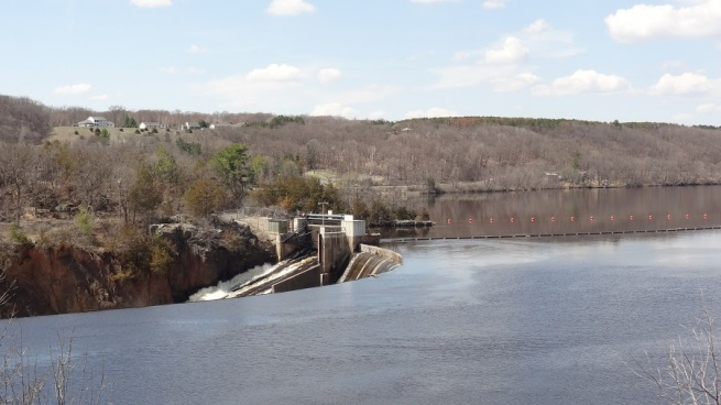 The St. Croix Falls Dam sits next to the easternmost point of Chisago County in Minnesota