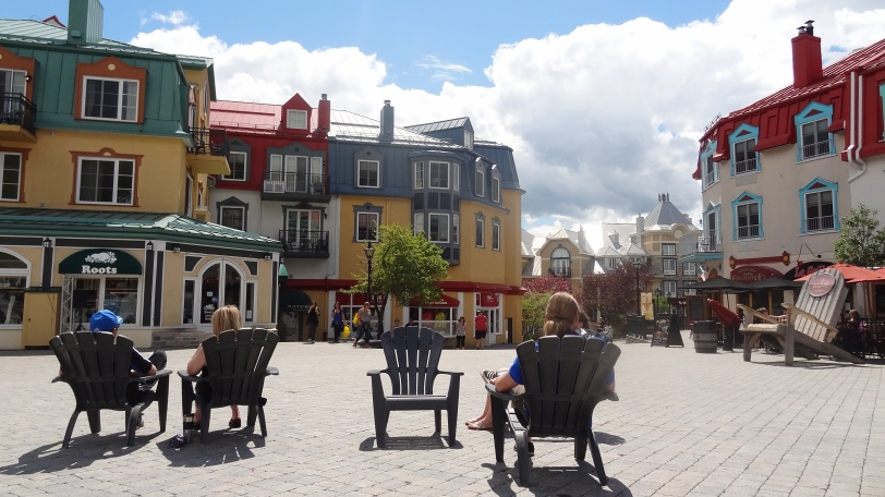 That's Breeah to the right, just chilling in Mont-Tremblant's center square