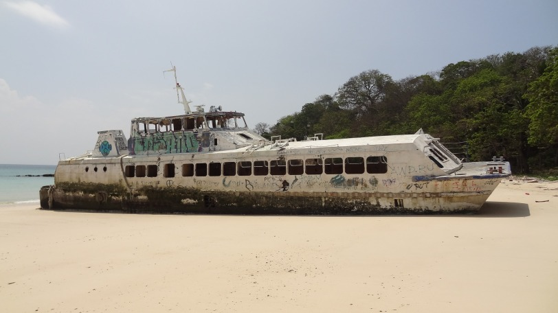 This ferry used to shuttle guests to the Contadora Island Resort - its now found a permanent home on Playa Larga...