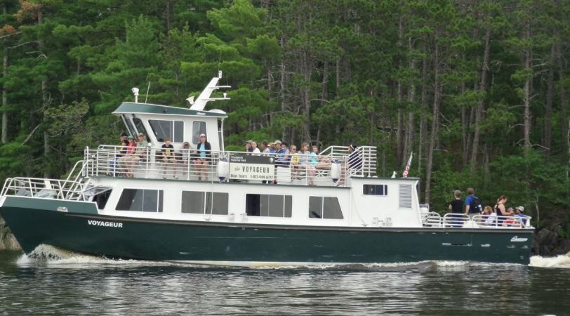 The park service has a tour boat that takes visitors around some of the more notable sites within the park.